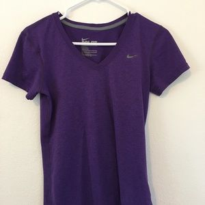 Nike Women's Dri Fit Shirt. Size Sm